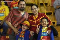 Familia rojiamarilla en el estadio